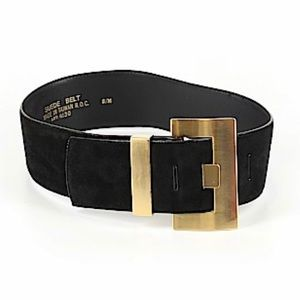 Accessories - Black suede leather belt with a gold buckle